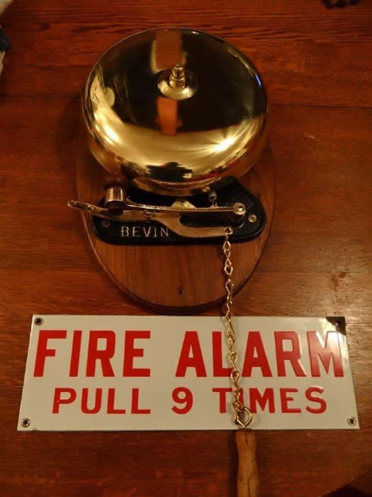 Vintage Bevin 10 Inch Quot Hand Pulled Quot Brass Fire Alarm Bell