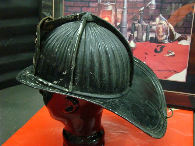 Dings And Dents >> Very Early Montreal Cairns Aluminum Fire Helmet